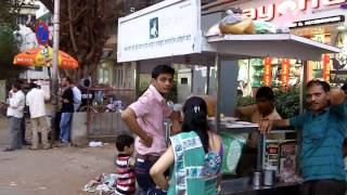 Repeat youtube video A Walk Down Linking Road - Bandra Mumbai India - Thoughts From Places