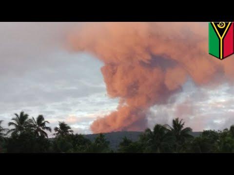 Volcano eruption: Mass evacuation after Vanuatu volcano erupts, spews out lava bombs - TomoNews