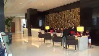 Dubai Luxushoterl The Oberoi  Matthias Mangiapane  Eingang Halle Rezeption