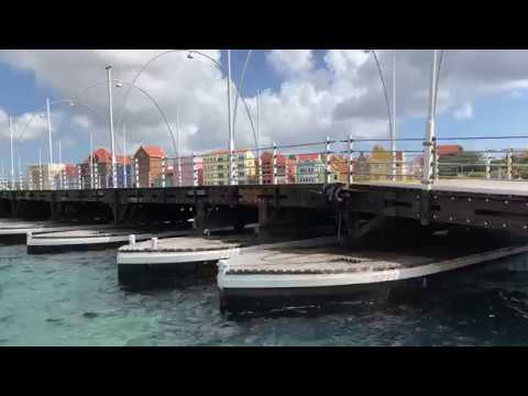 Queen Emma Bridge Opening - Willemstad Curacao