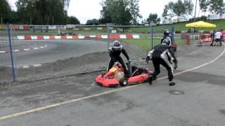 Fahrerwechsel von KEX 2 und 4 beim 4. Turbo Kart Rennen am 29.07.12 in Wohlen (CH)