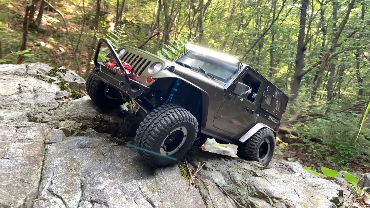 1/10 Scale RC : Jeep Wrangler Rubicon JK Off-road Driving #15.
