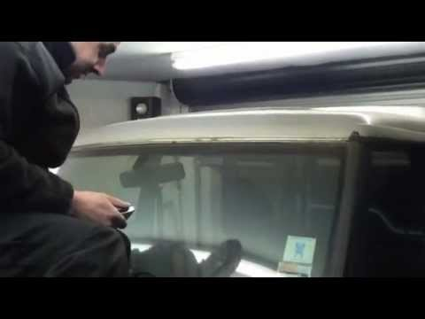 How To Stop Rust >> How To Remove a Bonded Windscreen From a Land Rover Discovery - YouTube