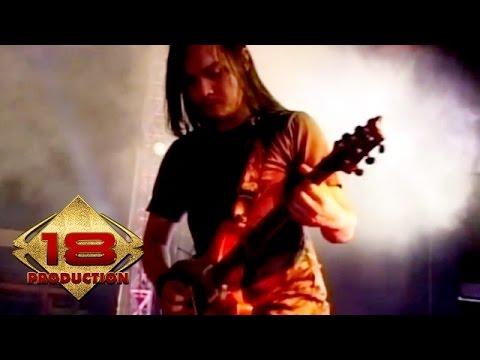 andra-and-the-backbone-sempurna-live-konser-jember-8-agustus-2010