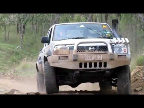 Nissan Navara D22 LCMP Telecom Hill (easy side)