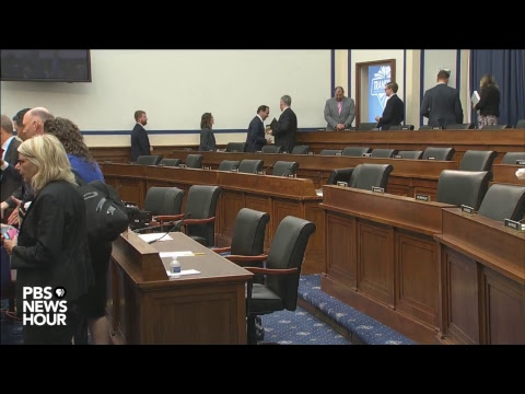 WATCH LIVE: United Airlines CEO Oscar Munoz, other airline executives face House committee