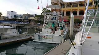 Docking a Cabo Yacht