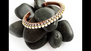 How-To Jewelry Video: Easy Wire-Wrapped Bracelet