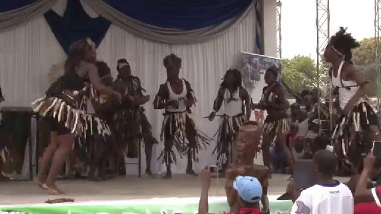 Mehndi Traditional Dance In Zimbabwe : The best of jerusalema mbende proudly zimbabwean youtube