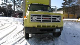 Lot 42 - 1987 GMC 7000 Box Truck