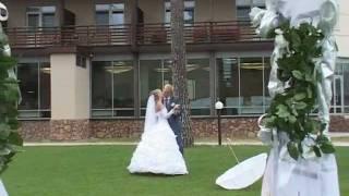 Свадебная фотосессия в загородном отеле