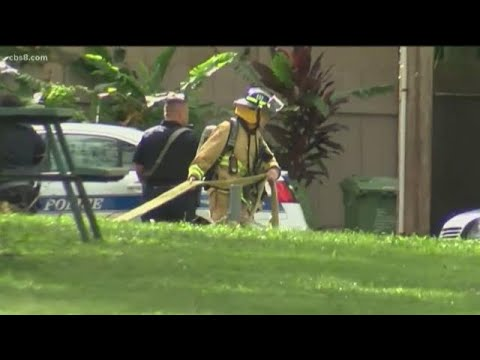 2 police officers killed in shooting at burning Hawaii home