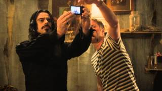 WHAT WE DO IN THE SHADOWS - clip 2: Stu teaches technology!