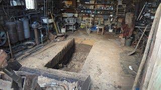 Как землю копать, картофелекопалка яма в гараже.
