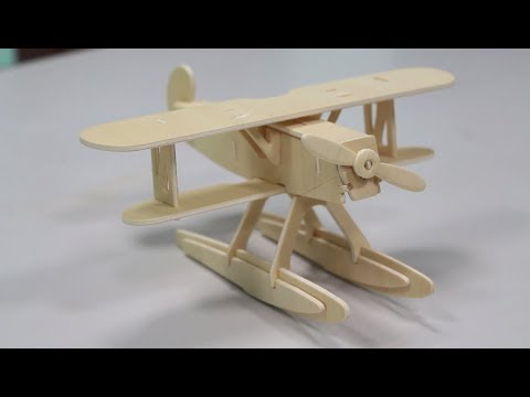 Miniso 28-piece Vintage Wooden Airplane Assembly Kit