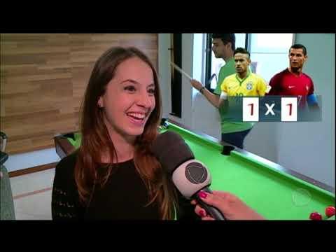Brasileiros que vivem em Portugal torcem por Cristiano Ronaldo