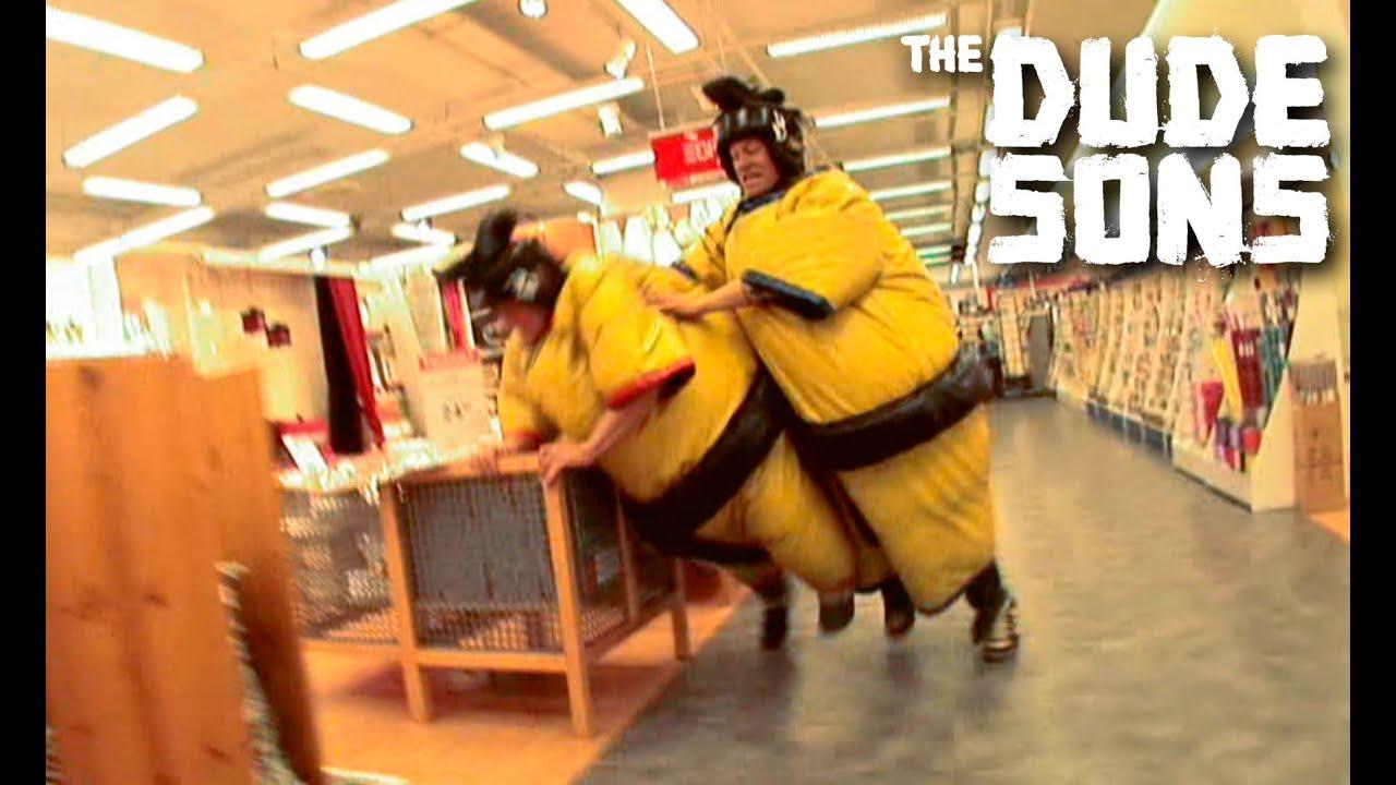 Sumo fail clip from revenge of the ninja