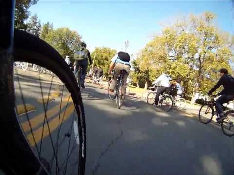 UC Davis bicycling on campus