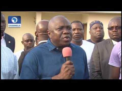 Dateline Lagos: Governor Ambode Takes A Tour Of Housing Project In Lagos