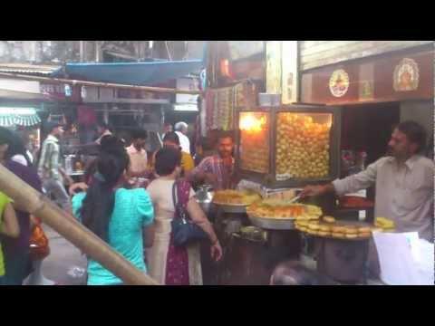 Bhuleshwar Market Khau Galli in Mumbai