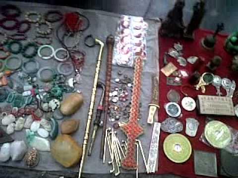 Pernak Pernik Tua di Tongren, Guizhou China