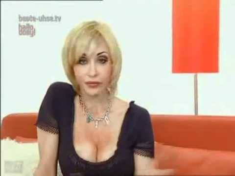 Dolly Buster Strip und Sex   DollyBuster.eu - YouTube