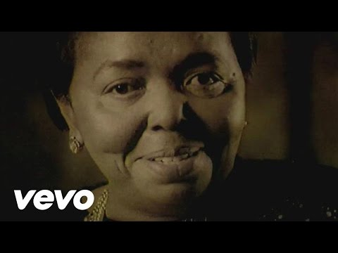 Cesaria Evora - Sangue de Beirona (Official Video)