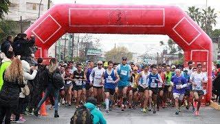 """Se corrió la media Maratón """"Tres Ciudades"""" en La Plata, Berisso y Ensenada"""