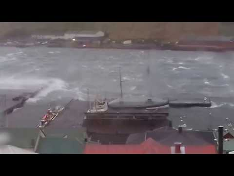 Storm - Faroe Islands  Vágur 24.12.16