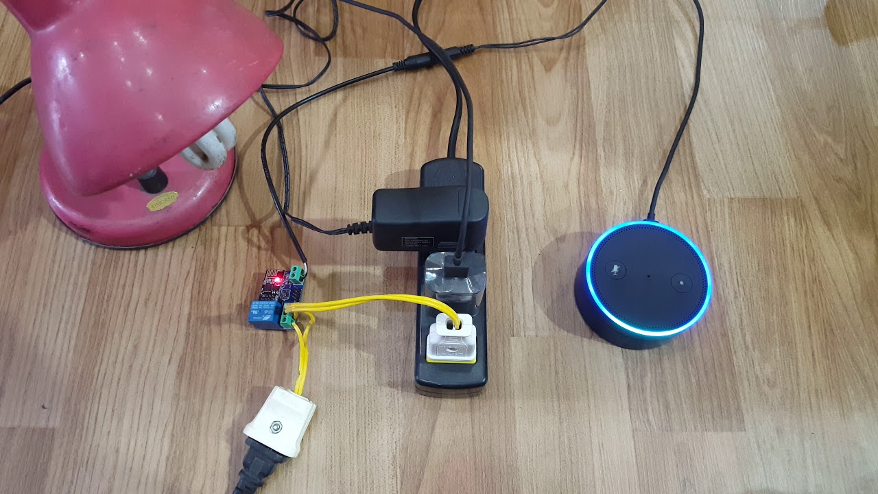 Alexa Echo + ESP 8266 = Smart Power Plug: 4 Steps (with
