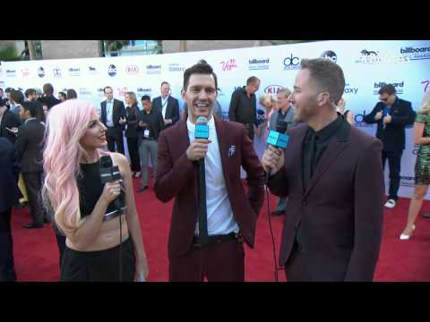 andy-grammer-red-carpet-interview---bbma-2015