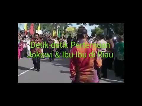 Momen Penting #Jokowi & Seorang Ibu Di Riau. Merinding Melihatnya.