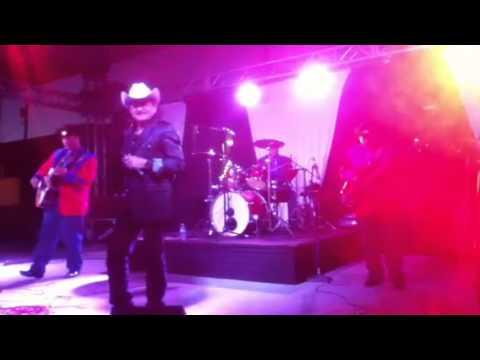 El puma y Los Astros de Durango