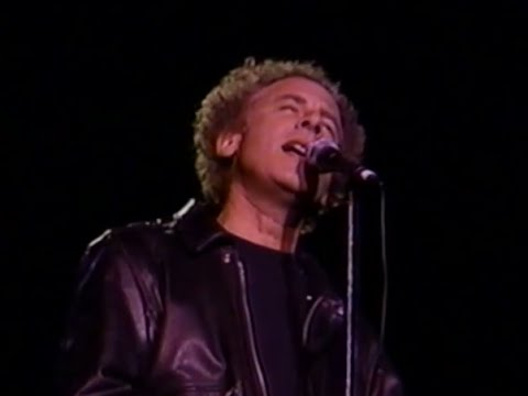 Simon & Garfunkel - America / Homeward Bound - 11/6/1993 - Shoreline Amphitheatre (Official)