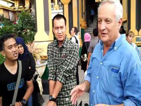 "ITM Tambang Video B.Inggris 'Interview Tourist"" by Senior in Mining Engineering"