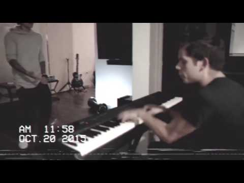 Justin Bieber Singing New Songs With Rudy Mancuso Playing The Piano In Los Angeles   October 20 2015