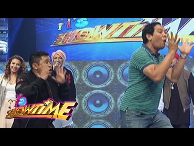 "It's Showtime: Ogie and Joey dance ""Ikaw Ang Sunshine Ko"""