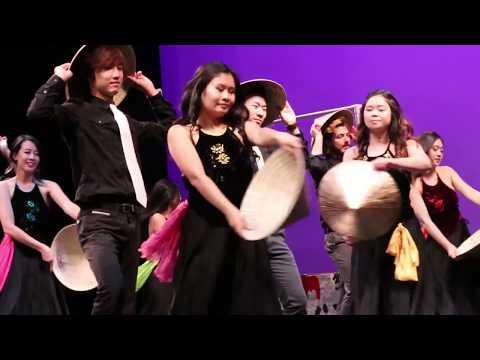 LBVSA VCN 2017   Traditional Vietnamese Dance Crew   Hat Dance
