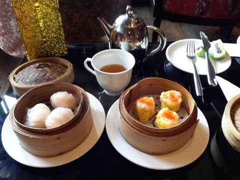Hotel Shanghai Mansion in Bangkok's Chinatown: midday dim-sum snack, a walk through the lobby