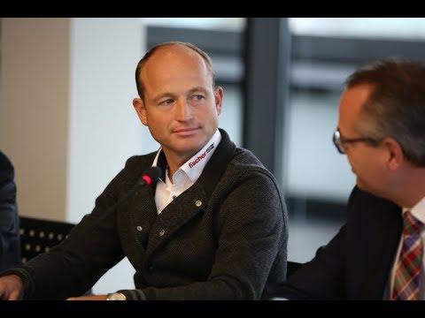 STUTTGART GERMAN MASTERS - Pressekonferenz mit Michael Jung in der BW-Bank