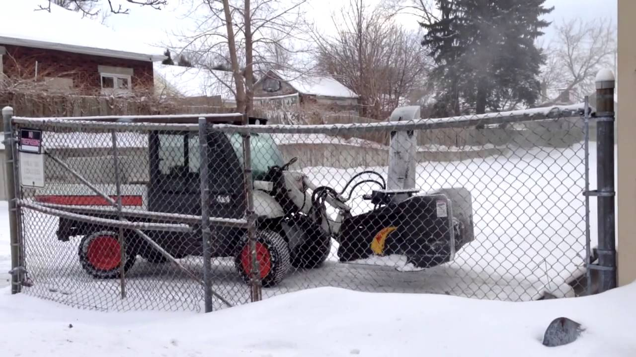 Bobcat Toolcat Snow Blower 4 X 4 Youtube