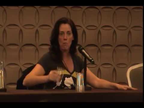 Linda Ballantyne voice of Sailor Moon Panel from Anime Boston 2014