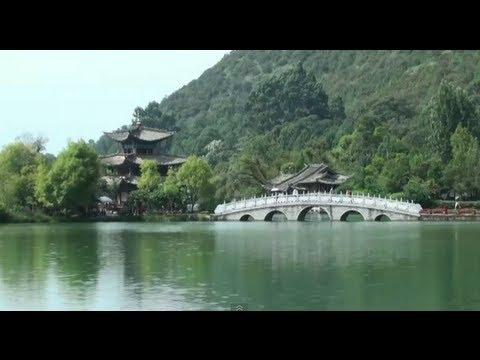 The black dragon pool (Lijiang - Yunnan - China)