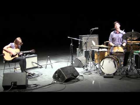 Mary Halvorson & Ches Smith, live Fabbricone Prato (Italy)