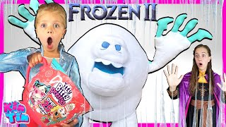 FROZEN 2 Tea Party with Elsa Anna and Olaf! Princess Kin Tin Opens NEW Toy!