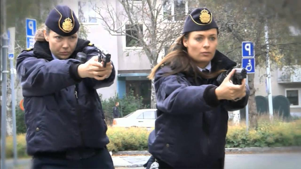 Frys! Frys! - Polis jagar tjuv - YouTube b122db7650872