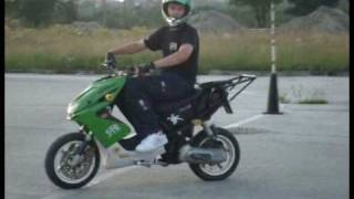 Niko stunt -'Nie wiem' 2009r scooter-stunt.com