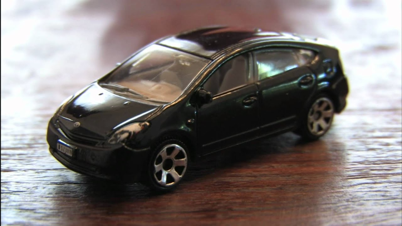 Cgr Garage 2008 Toyota Prius Matchbox Car Review Youtube