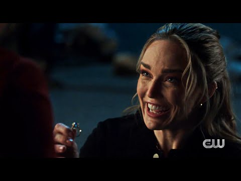 Download Sara Proposes to Ava | DC's Legends of Tomorrow | Back to the Finale Part II 6x7 Season 6 Episode 7