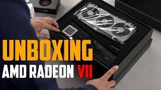 AMD Radeon VII Unboxing - Primul GPU pe 7nm [RO]